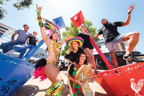 • L-R: Phil and Dawn Gamblen (the artists who made the sculptures) and samba dancer Coco Poppin catch up with Zambrero's Jenna Thomas, Rhys Sutherland, Ariann Washbourne and Simon Wallen.Photo by Matthew Dwyer
